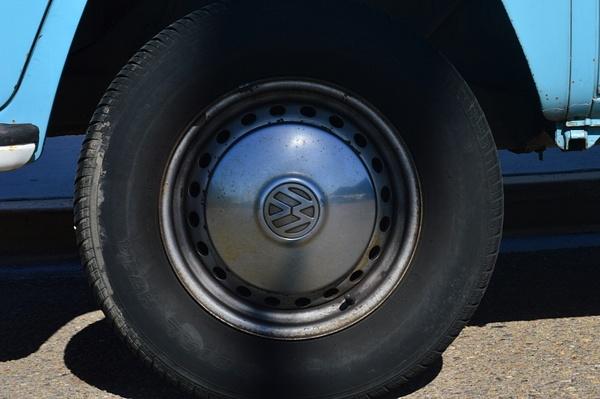 Tire by JustineSaldana