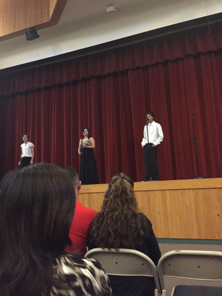 Extra Credit : Choir Show by NicoFlores