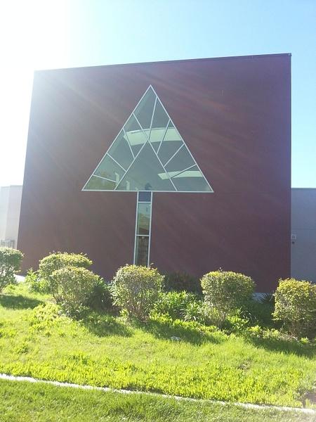 Arrow Building by Jamie42