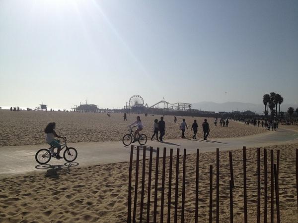 Santa Monica Pier by RyanAvelino