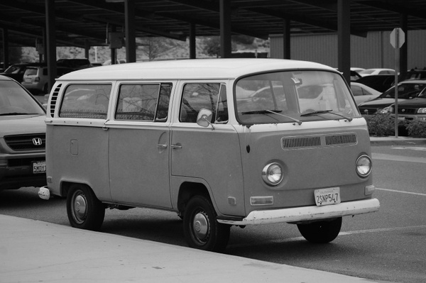 Whitehead Bus by RyanAvelino