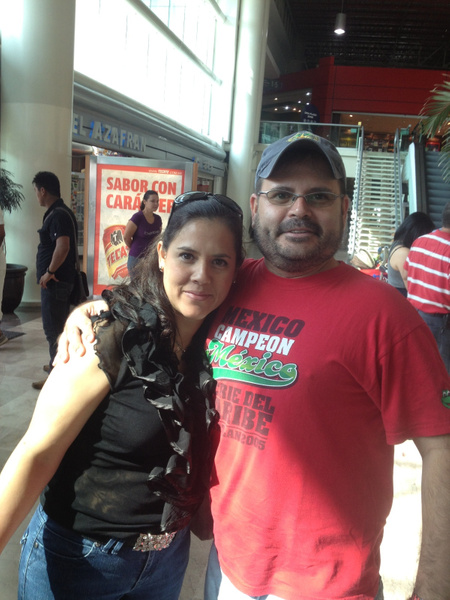 Mom and Uncle by SalvadorVicentebanuelos