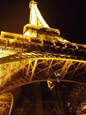 Eiffel Tower by SummerMartin