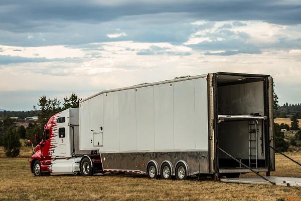 Semi Truck by Jsbfoto