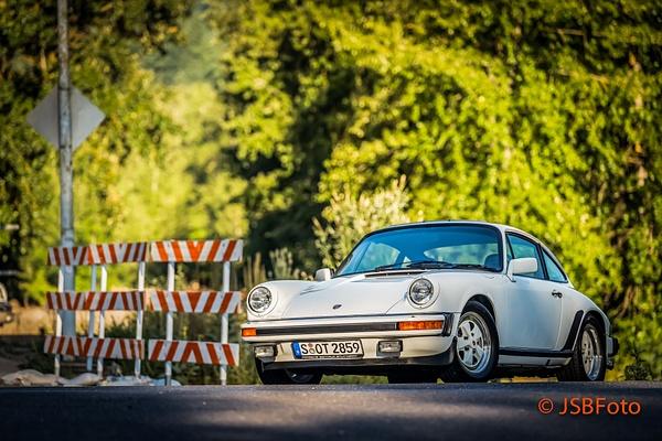 911 SC Coupe White by Jsbfoto