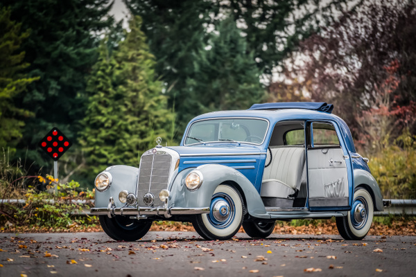 1953 MB 220 by Jsbfoto