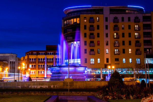 BBC Building Hull by MikeGoffin