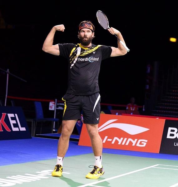 Ville Lång vinner i första omgången by BadmintonSweden
