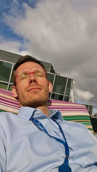 siesta in Dublin at work by Henner Stollberg