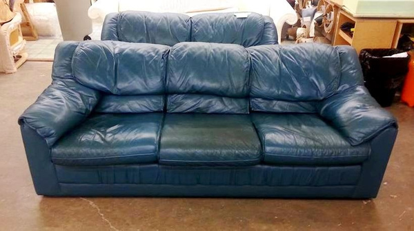 Leather_sofa_reupholstery by Lincoln Interiors