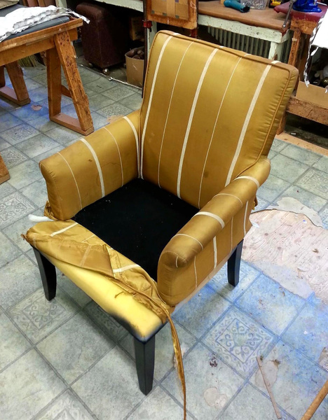 Niagara_Reupholstery_Service_Before by Lincoln Interiors