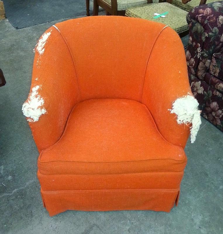 Niagara_Reupholstery_Service_Chair_Before