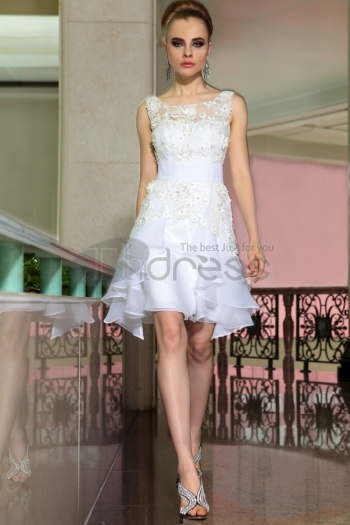 http://www.thdress.com/wedding-dresses-china-free-shipping-aline-jewel-neckline-hook-flower-white-short-dresses-6052-p15266.html by NarutoDonson