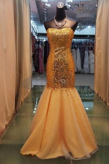 Elegant-Evening-Dresses-Sexy-tight-fitting-gold-sequined-elegant-evening-dresses-bmz_cache-0-099a8870b615d884ae939f4982c87774.im by RobeMode