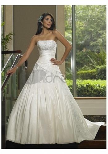 Strapless-Wedding-Dresses-simple-fashionable-beach-strapless-wedding-dresses-bmz_cache-c-c3fee8ae330ecd9276c5b15dcd661ad2.image.