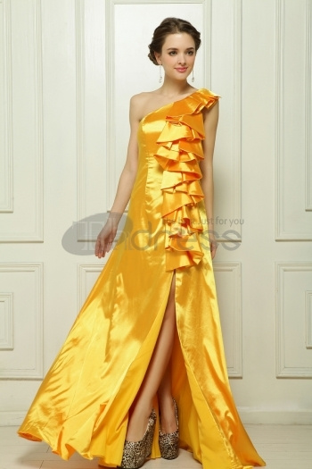 Dresses-in-Stock-Simulation-Sima-satin-yellow-evening-dress-bmz_cache-7-760827f87dc1aab6e91ca14a5db2eff9.image.350x525 by RobeMode