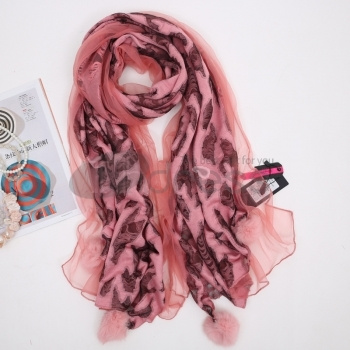 Silk-Scarves-Ladies-hairy-balls-decorated-with-soft-scarf-in-autumn-and-winter-bmz_cache-7-7572373fbc31cf62cce2fb541d1c62df.imag