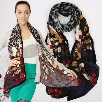 Wool-Scarves-Ladies-printing-wool-scarf-bmz_cache-a-a70c66b170f243ff635d49e059e4c30b.image.350x350 by RobeMode