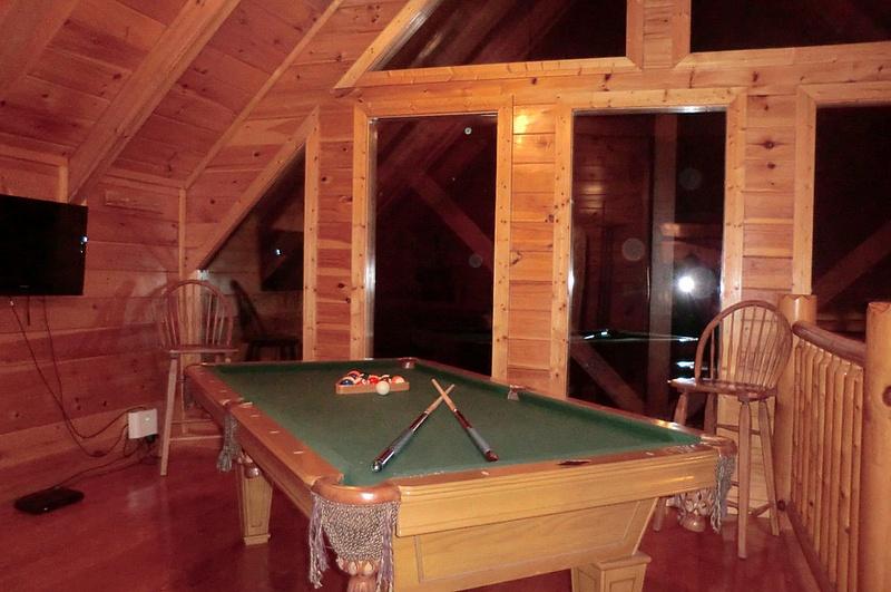 18 Pool Table