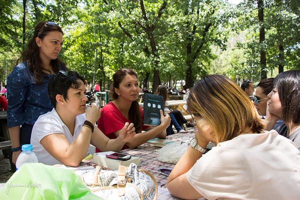 Yasemin Önder_Kitap Ağacı, Kurtuluş Parkı, Pazar 22-06-14_27 by Mike van der Lee