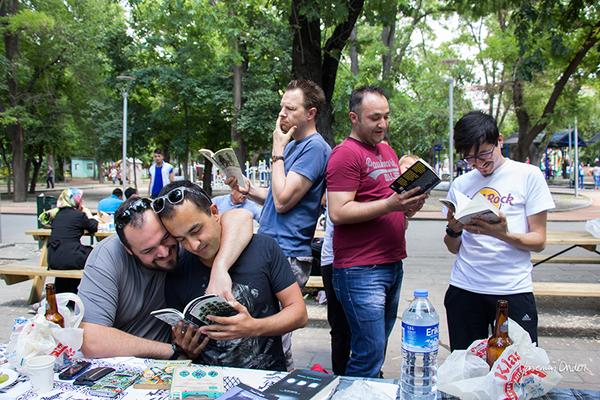 Yasemin Önder_Kitap Ağacı, Kurtuluş Parkı, Pazar 22-06-14_16 by Mike van der Lee