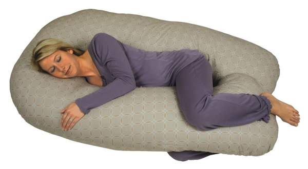 Bed wedge pillow
