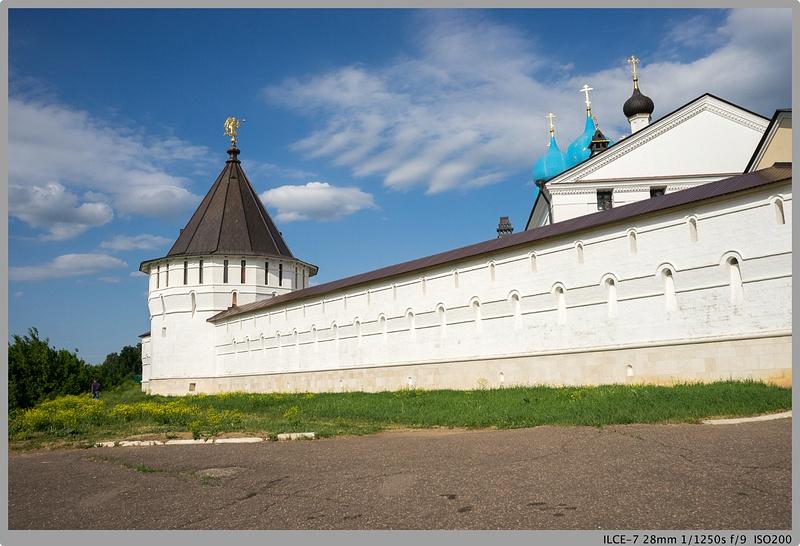 Serpukhov, Vysotsky Monastery.