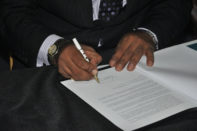 Darroux Signing