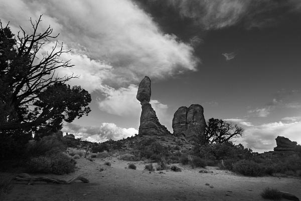 Balanced Rock - Utah by Neminem