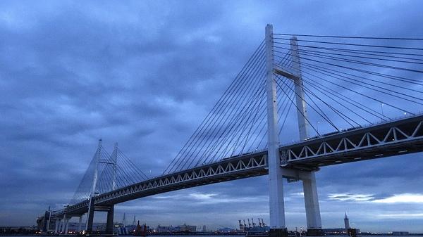 Bridge in Yokohama by luis0093
