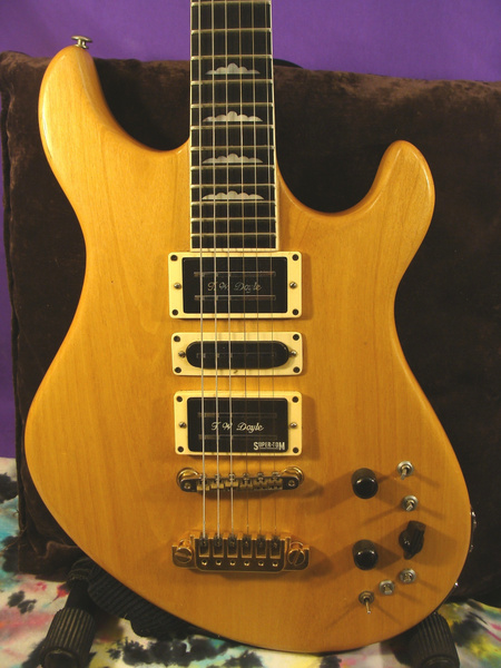 DSC08075 by GeodeGuitars