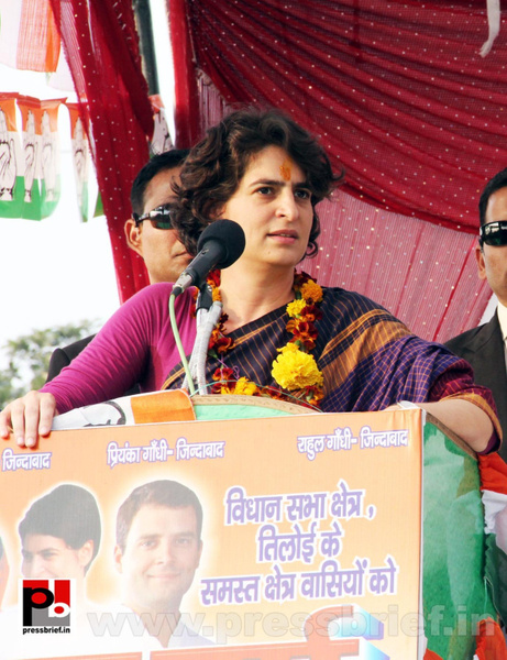 Latest Photos of Priyanka Gandhi (13) by Pressbrief In