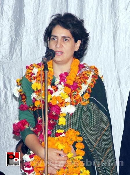 Latest Photos of Priyanka Gandhi (1) by Pressbrief In