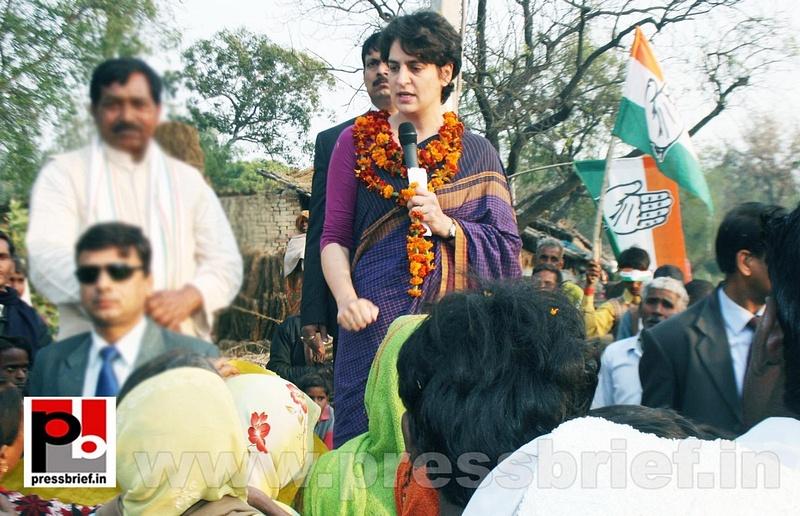 Priyanka Gandhi Photos (19)