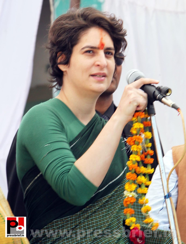Priyanka Gandhi Photos (28)