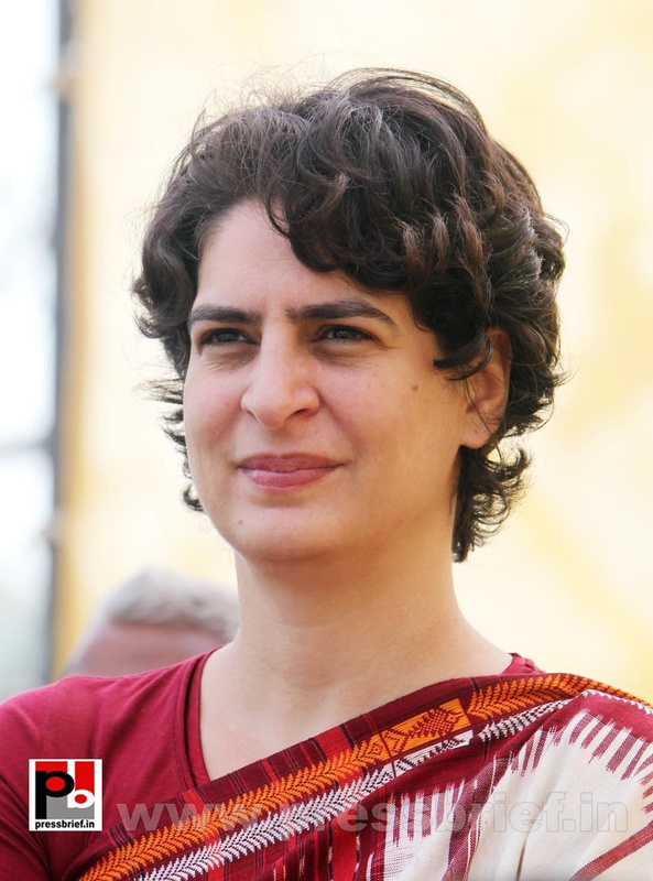 Latest photos of Priyanka Gandhi (10)