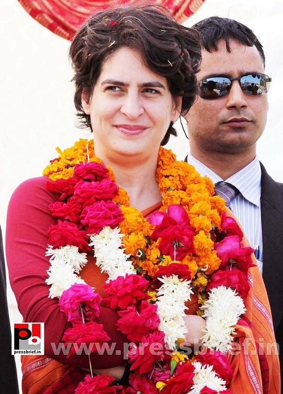 Latest photos of Priyanka Gandhi (31)