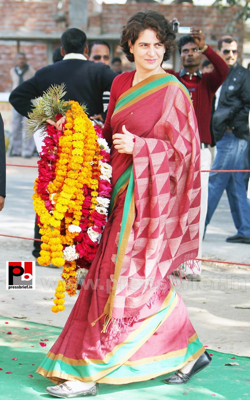 Latest photos of Priyanka Gandhi (28)