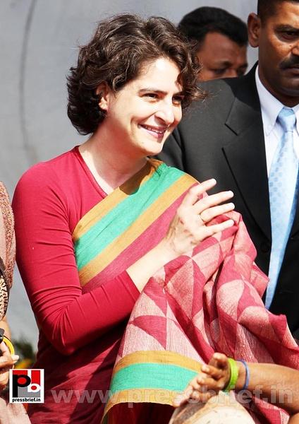 Latest photos of Priyanka Gandhi (20) by Pressbrief In