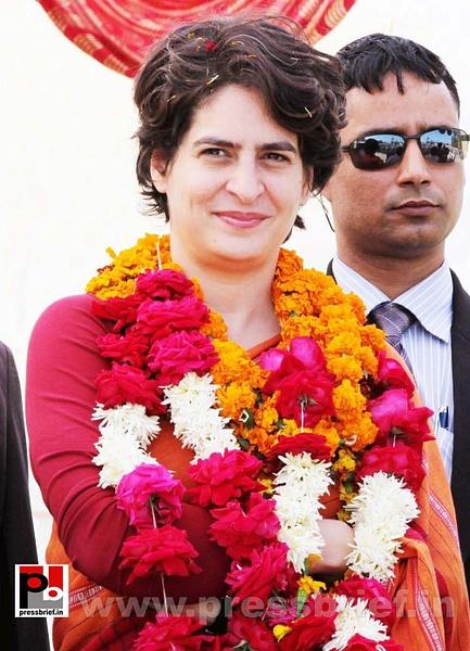Latest photos of Priyanka Gandhi (32) by Pressbrief In