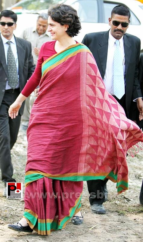 Priyanka Gandhi new photos (30)