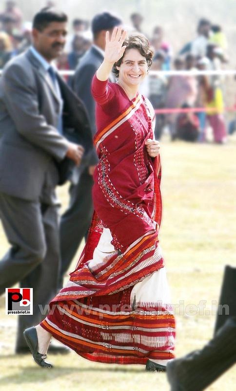 Priyanka Gandhi new photos (10)