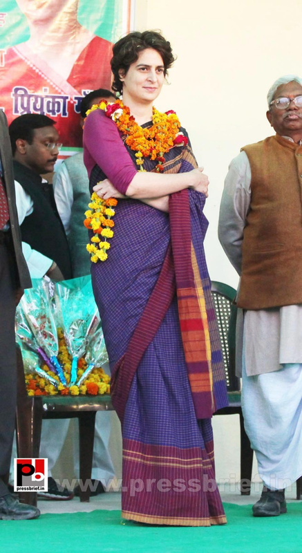 Priyanka Gandhi new photos (14)
