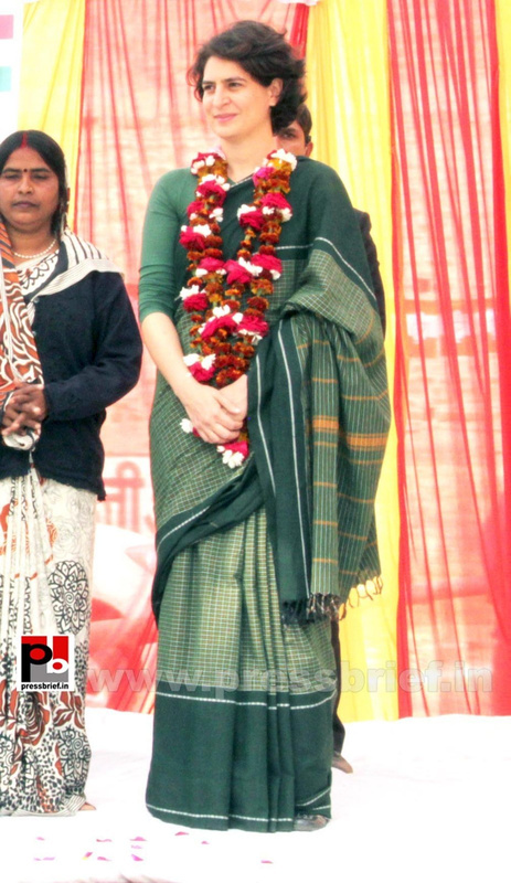 Priyanka Gandhi new photos (22)