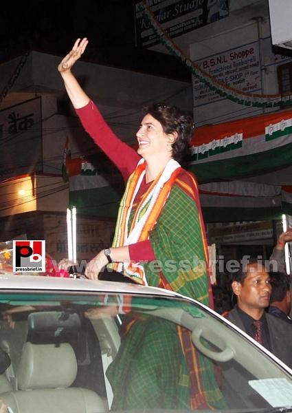 Congress star campaigner Priyanka Gandhi (19) by...