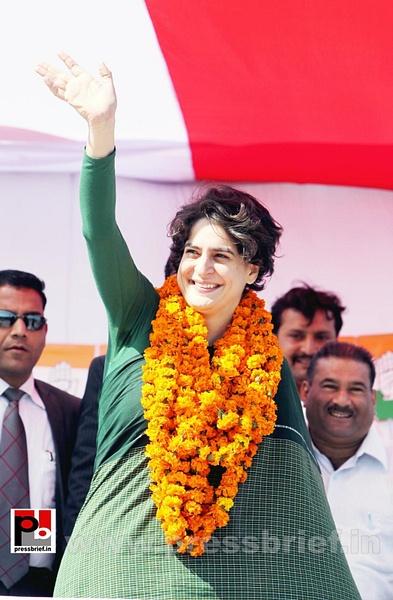 Congress star campaigner Priyanka Gandhi (12) by...