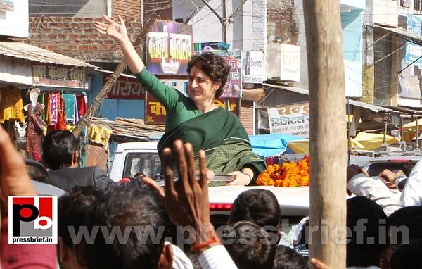 Congress star campaigner Priyanka Gandhi (14) by...