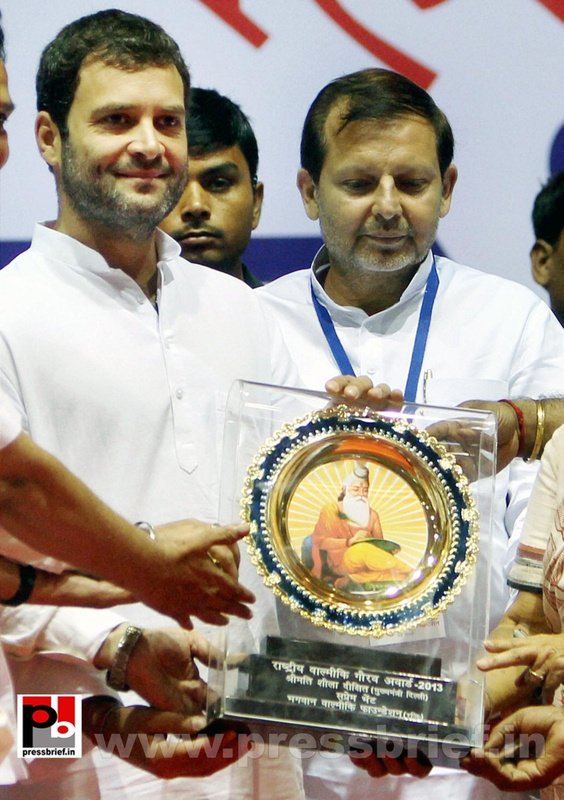 Rahul Gandhi addresses Dalit meet in Delhi (6)