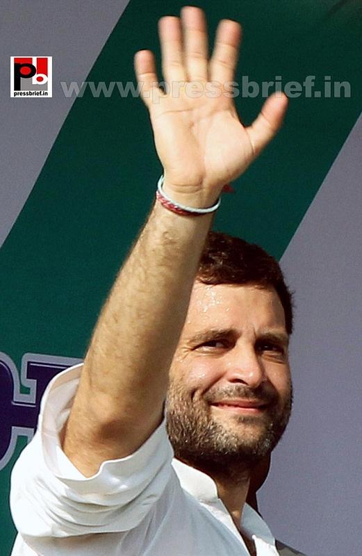 Rahul Gandhi addresses Congress rally at Rampur (1)