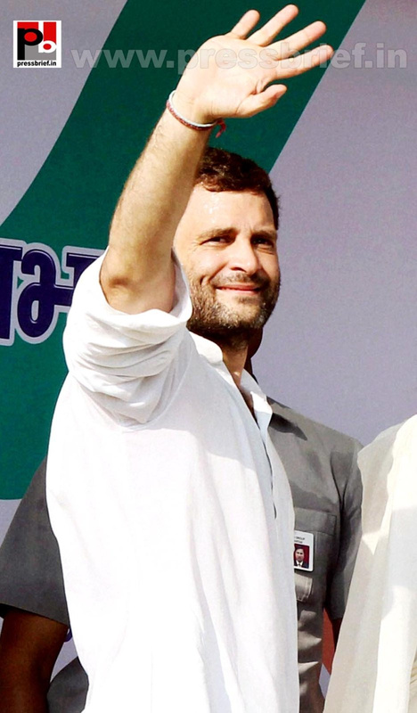 Rahul Gandhi addresses Congress rally at Rampur (2)
